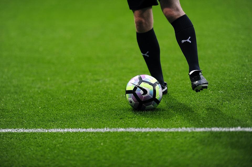 Schnelligkeitstraining Fussball So Bist Du Zwei Schritte Voraus